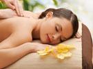 Massagen und Ganzkörperpeelings